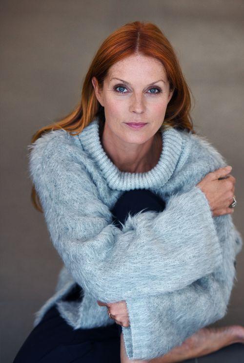 Esther Schweins 36